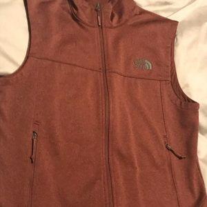Rust colored men's vest like new -